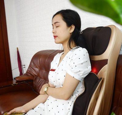 Túi khí ở đùi và hông của đệm massage toanft hân 6d1