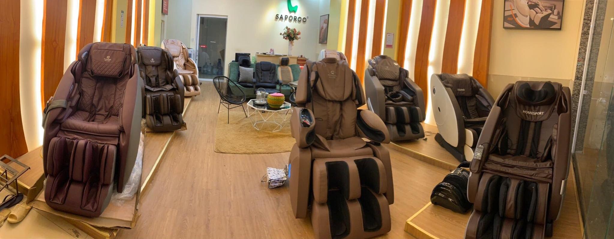 Ghế massage chính hãng tại shop Gia Dụng Việt 555 Thụy Khuê, Tây Hồ, HN