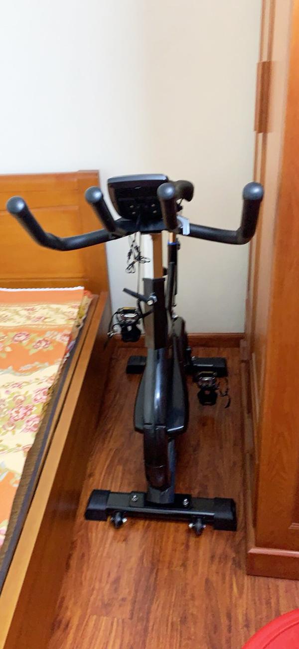 Sản phẩm máy đạp xe tập thể dục dành cho gia đình